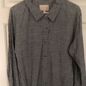 SKIES ARE BLUE  BLUE PINSTRIPE CHAMBRAY BLOUSE M/L